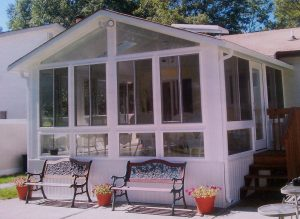 Gable sunroom insulated with side stairs